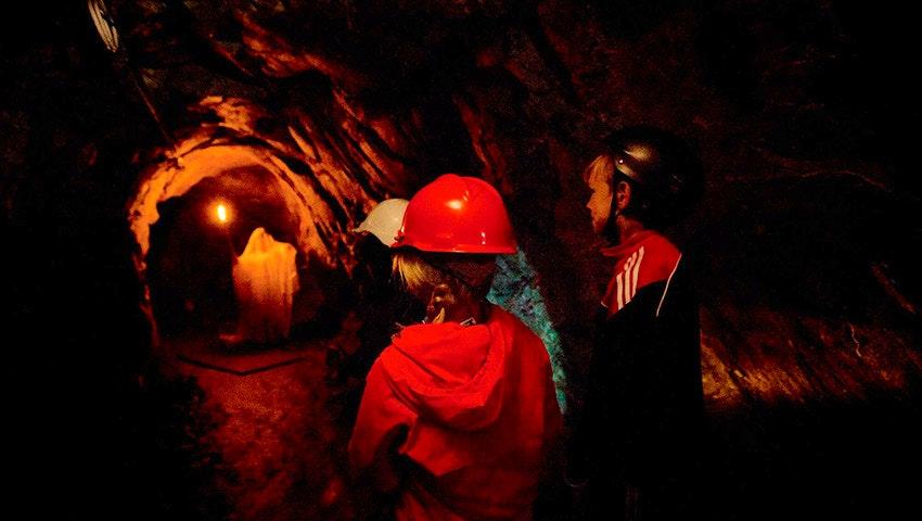 Barn går i Sala Silvergruva