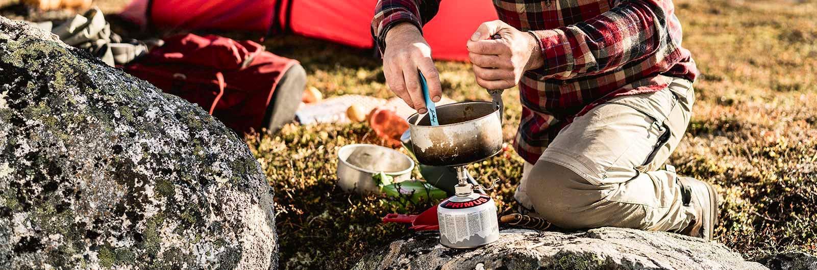 Stormkök och matlagning utomhus