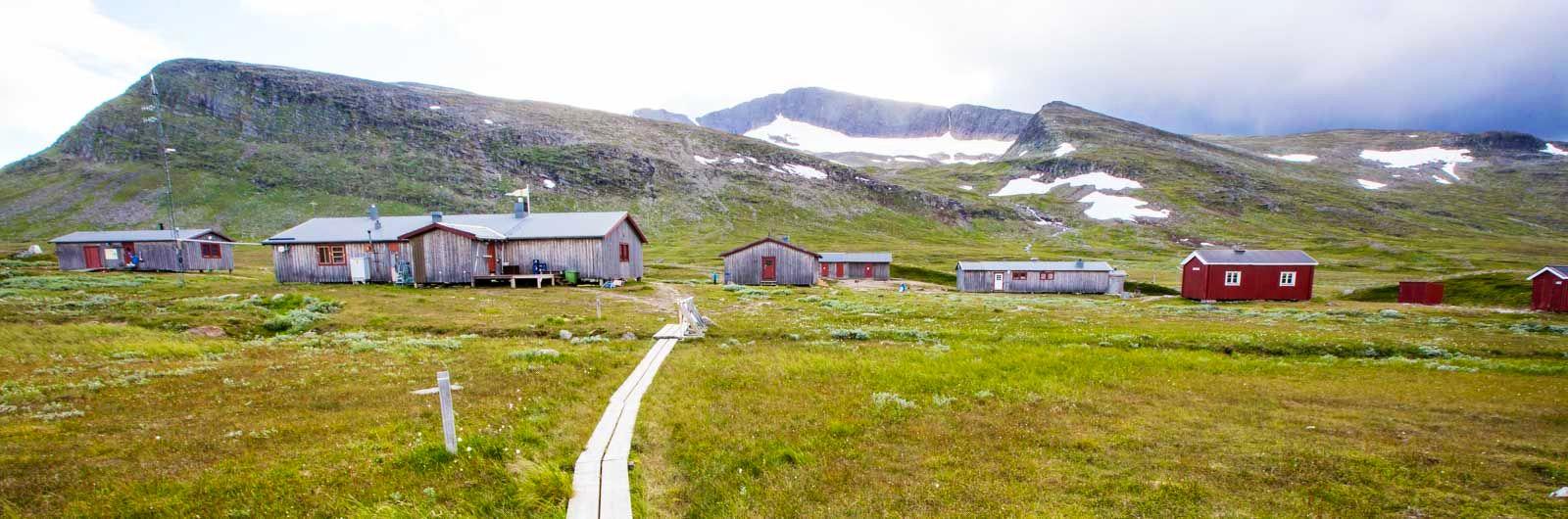 Stugor längs leden Storulvån-Vålådalen